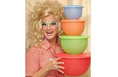Tupperware Drag Queen