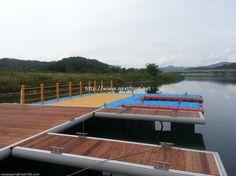 floating dock located in Sangju, Korea.  상주에 설치된 넥스트플로트의 마리나 시설입니다.