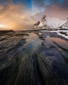 regram @mthrworld Lofoten Norway  by: @stianmklo  #lofoten #visitnorway #norway #hiking #natureaddict #landscapes #nakedplanet #traveltheworld #travelgram #instatravel #mytravelgram #wonderful_places #worldtravelpics #worldcaptures #doyoutravel #igtravel #landscape_lovers #earthpix #landscape #beautifuldestinations #travelphotography #instanature #awesomeearth #ourplanetdaily #wildernessculture #travelingram #adventureculture #awesome_earthpix #thegreatoutdoors #neverstopexploring by…