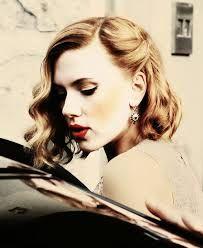 Retro hairstyle | Scarlett Johansson
