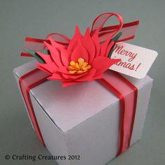 Poinsettia cube