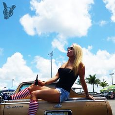 The Dutchess of GCV chucking some clouds at PBIR racetrack. #goodcleanvapes #girlswhovape #girlswhodrip #vapechicks #vapebabes #vapemodels #promomodels #elcamino #vapepics #vapeporn #calivapers #westcoastvapors #vapefam #eastcoastvapors #doyouevenvapebro