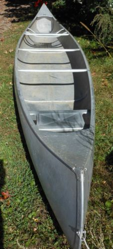 17ft-GRUMMAN-Aluminum-CANOE-with-Original-Grumman-Paddles, what I grew up in, and learned to live the water!!