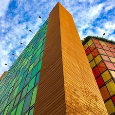 Edifici o cubo di Rubik?   #color #colors #buildings #building #construction #engineering #green #red #multicolor #amazing #top #beautiful #today #love #like4like #milano #milan #volgolombardia #volgomilano #picoftheday #photooftheday #bestoftheday #best #day #snap #photo #sky #skyporn #instadaily #instagram