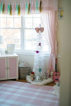 Olivia's Toddler Room at 13 months old 2