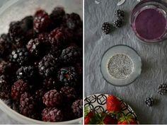 Strawberry blackberry yogurt smoothie