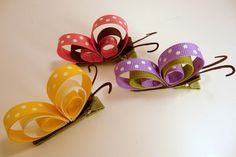 Butterfly hair clips w/ ribbonButterfly Ribbon Art Clips, these are cute! look easy to makeMFW - Kindergarten - B is for Butterfly -Mariposas de listonButterfly Clips for the girls. This would make adorable bows for gifts to little girls! Ribbon Crafts, Ribbon Bows, Paper Crafts, Diy Crafts, Crafts For Kids, Arts And Crafts, Barrettes, Butterfly Hair, Butterfly Party