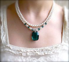 Gorgeous wedding necklace