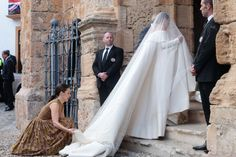 Lady Charlotte Wellesley Stuns in an Off-the-Shoulder Emilia Wickstead Wedding…