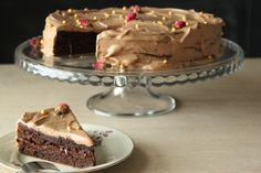 Chokoladelagkage uden hvede (med trøffelcreme) | Non-wheat chocolate layer cake (with chocolate cream)