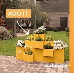 Garden Yard Ideas, Backyard Patio Designs, Garden Projects, Cinderblock Planter, Cinder Block Furniture, Cinder Blocks, Raised Garden Bed Plans, Cinder Block Garden, House Plants Decor