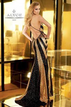 (Foto 3 de 39) Trajes de Noche en negro y dorado. Colección primavera verano 2013 de Alyce Designs., Galeria de fotos de Negro y Dorado: ¿Una Buena Combinación?