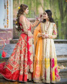 Photoshoot by MahaNoor❤️ Pakistani Fashion Party Wear, Pakistani Wedding Outfits, Pakistani Bridal Dresses, Pakistani Dress Design, Indian Fashion, Pakistani Mehndi, Indian Outfits, Mehendi, Simple Cocktail Dress