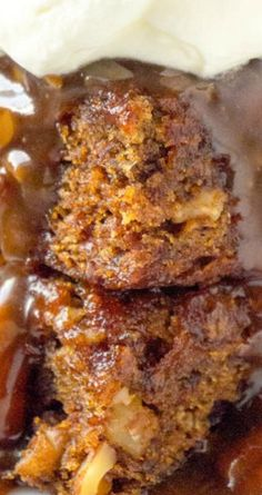 Amish Country Date Nut Pudding