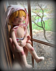 "Fiona-13"" OOAK natural fiber doll :: Mon Petit Frère Online Shop"