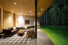 cloudy-bay-shack-new-zealand-designed-indoor-outdoor-entertaining-9-living.jpg