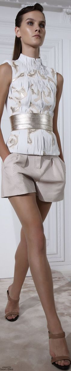 """Jitrois Spring 2015 """"And the LORD said to Moses, """"Go to the people and consecrate them today and tomorrow. Have them wash their clothes. Passion For Fashion, Love Fashion, Runway Fashion, High Fashion, Fashion Looks, Womens Fashion, Fashion Design, Fashion Trends, Mode Shorts"""
