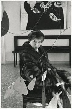Peggy Guggenheim (August 1898 – December a Venezia Peggy Guggenheim, Small World, Book Illustration, Art And Architecture, American Art, Lovers Art, Art Photography, August 26, December