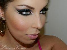 Maquiagem super marcante, inspiração para o carnaval, por Lu Ferraes