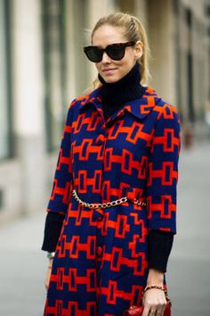 <p>Chiara wears a Milly coat and C