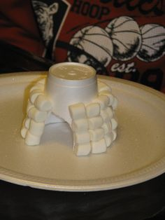 pictures of a marshmallow igloo   Making Merry Memories: Marshmallow Igloo