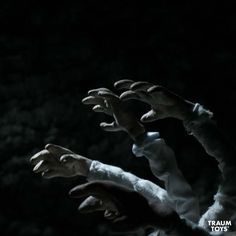 Still from the short stop motion film Orfeus (2012) directed by Thomas Balmbra, produced by Oneiros.