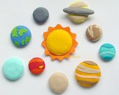 This hand sewn 10 piece felt planet set is perfect to help your little one learn…