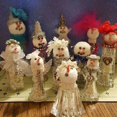 Simply the Glitter: The Steps to Completing my Shaker Snowmen!!!
