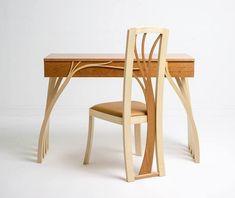 Мы давно привыкли к тому, что стулья это что-то утилитарное, обычное, не имеющее с творчеством ничего общего. Посмотрите эту подборку и вы поймете, что обычный стул может быть произведением искусства.