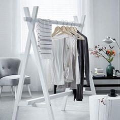 Clothes racks as decoration in your home (image via vtwonen)