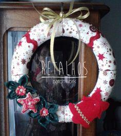 Ref.: CR_NT_01 Coroa de Natal / Patchwork Embutido / #Christmas Handemade. #encomende a sua...