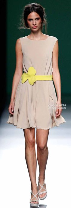 Devota & Lomba Spring 2014 Collection featured during Mercedes-Benz Fashion Week Madrid Diva Fashion, Couture Fashion, Runway Fashion, Fashion Design, Street Fashion, High Fashion Dresses, Fashion Outfits, Glamour, All About Fashion