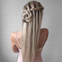Haarschnitt für langes Haar fallen Neue Frisuren, Haarschnitt für langes Haar Herbst Trending Hairstyles, Down Hairstyles, Pretty Hairstyles, Hairstyles Pictures, Hairstyles 2018, Wedding Hairstyles Half Up Half Down, Braided Hairstyles For Wedding, Haircuts For Long Hair, Braids For Long Hair