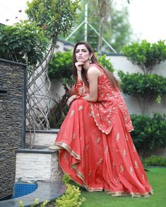 Maya Ali Cutie ❤️ The Effective Pictures We Offer You About Bridal Outfit videos A quality picture can tell you many things. You can find the most beautiful pictures that can be presented to you about Bridal Mehndi Dresses, Indian Bridal Lehenga, Red Lehenga, Bridal Outfits, Anarkali, Wedding Dress, Saree, Shadi Dresses, Pakistani Dresses