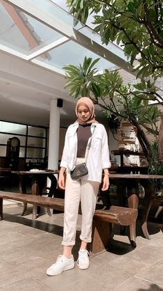 Stylish Hijab, Modest Fashion Hijab, Modern Hijab Fashion, Muslim Women Fashion, Street Hijab Fashion, Casual Hijab Outfit, Hijab Fashion Inspiration, Ootd Hijab, Ootd Fashion