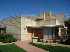 Arizona Biltmore, Architect House, Frank Lloyd Wright, Cottage, Vacation, Mansions, Architecture, House Styles, Phoenix