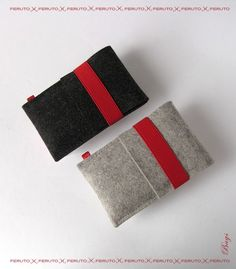 felt cases for the iphone or ipod. nice.