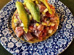 Y para picar Tostada de ceviche de atún  . . . #food #foodie #foodporn #tostadas #tuna #cantina #rivieradelsur #laroma #cdmx #mexico