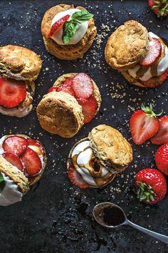 Strawberry Balsamic Shortcakes Summer Recipes, Great Recipes, Summer Desserts, Favorite Recipes, Memorial Day Desserts, Strawberry Balsamic, Roasted Strawberries, Strawberry Shortcake, Strawberry Tea
