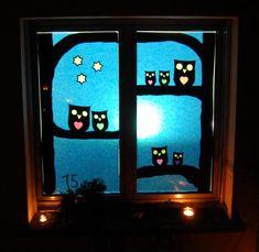Bildergebnis für adventsfenster vorlagen Christmas Home, Christmas Windows, Window Art, Wonderland, Kindergarten, Christmas Decorations, Diy, Frame, Crafts