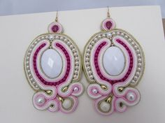 Elegant white-pink with gold elements and perls earrings soutache
