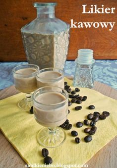 Słodkie niebo: Likier kawowy Polish Recipes, Irish Cream, Smoothie Drinks, Barware, Food And Drink, Pudding, Favorite Recipes, Party, Opera
