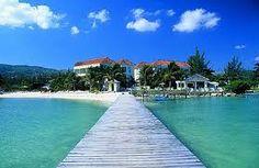 Take a Holiday Getaway at Coyaba Beach Resort