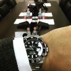 Use Hashtag #RolexWrist sur Instagram : Rolex Wrist of @waatches . Use hashtag #RolexWrist ------------------------------------------- #omega #hublot #rolex #rolexgmt #seadweller #skydweller #yachtmaster #datejust #airking #mondani #watchnerd #watchporn #wrongwrist #tudor #audemarspiguet #mbandf #urwerk #tagheuer #devontread #ulyssenardin #batman #daytona #explorer2 #submariner #rolexsubmariner #richardmille #patekphilippe #daydate #milgauss