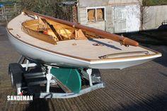 Sailing Day, Sailing Dinghy, Sailboat Plans, Wooden Sailboat, Wooden Boats For Sale, Wood Boats, Classic Sailing, Classic Yachts, Wooden Boat Building