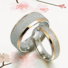 Like!! But too shiny for him?? His and Her Promise Rings   18K Gold Wedding door MymomentJewelry