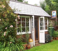 Another great Pub Shed idea. The Shallow Anchor, Exeter garden Owned by sheddie: Trevor Morris Garden Buildings, Garden Structures, Outdoor Structures, Shed Of The Year, Pub Sheds, Bar Shed, Bungalow, Shed Interior, Interior Design
