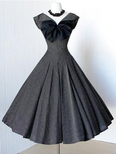 Vintage Bow Spring Summer Little Party Dress 1950s Rockabilly Pin Up Retro  Style… Vintage Dresses df3270dc64bb