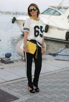 sporty chic look, football player top, t-shirt with number, Fashion and Cookies