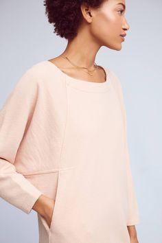 Love this pocket detail on this sweatshirt dress Sweatshirt Dress, Hoodie, Cocoon Dress, Dresses With Leggings, Chic Outfits, Lounge Wear, Fashion Dresses, Sweatshirts, Inspiration
